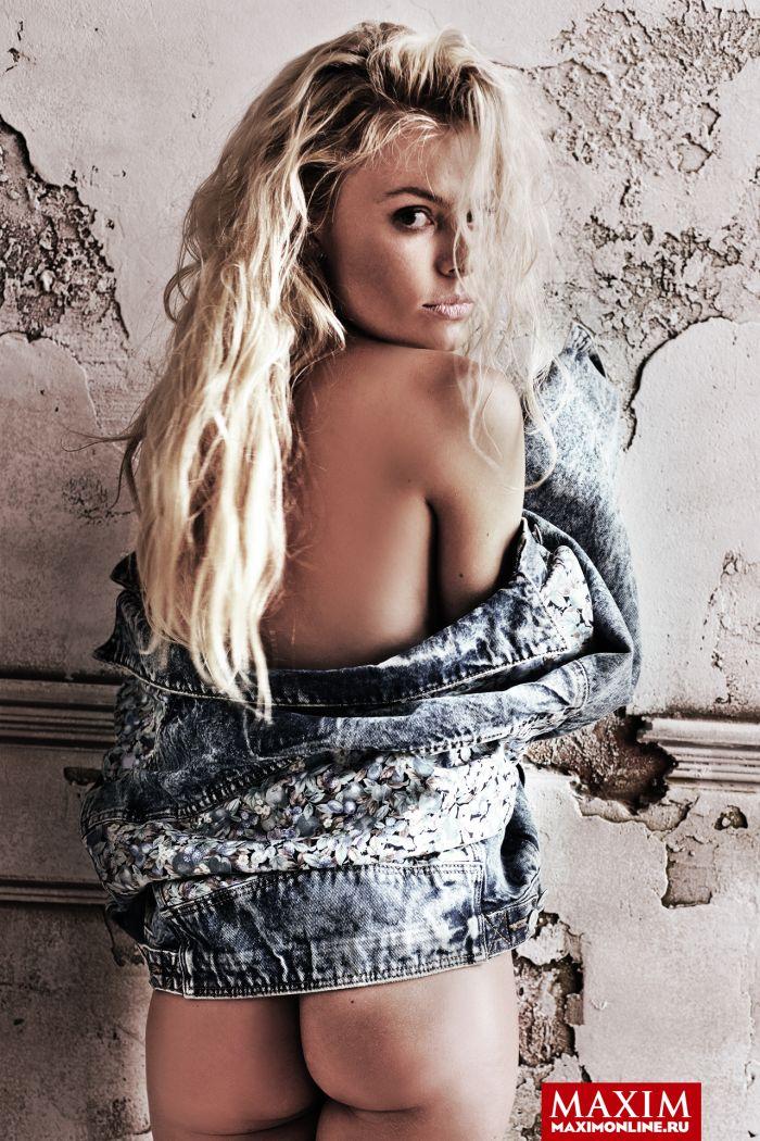 Наталья Дворецкая в откровенной фотосессии для журнала Maxim (4 фото)