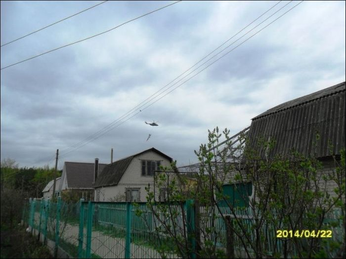 Транспортировка истребителя по-русски (3 фото)