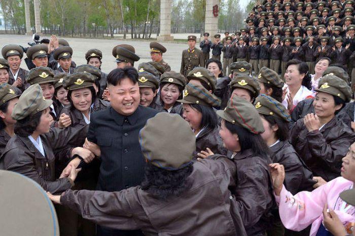 Культ личности Ким Чен Ына