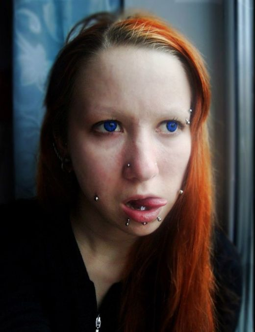 Девушка изуродовала свое тело всего за 2 года