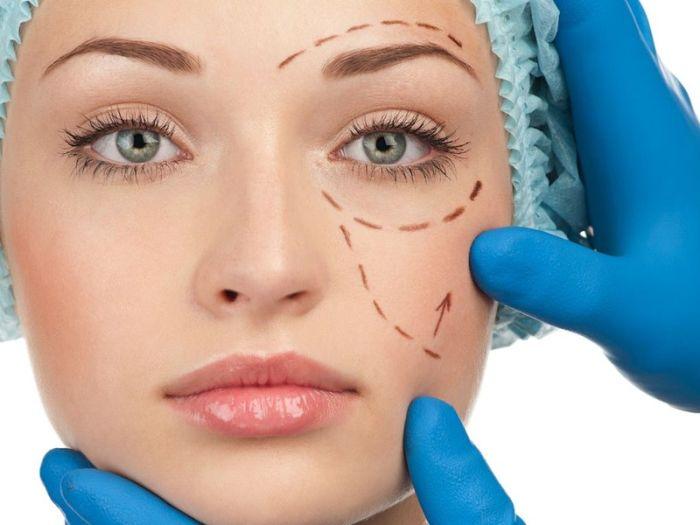 Люди, страдающие манией пластических операций (7 фото)