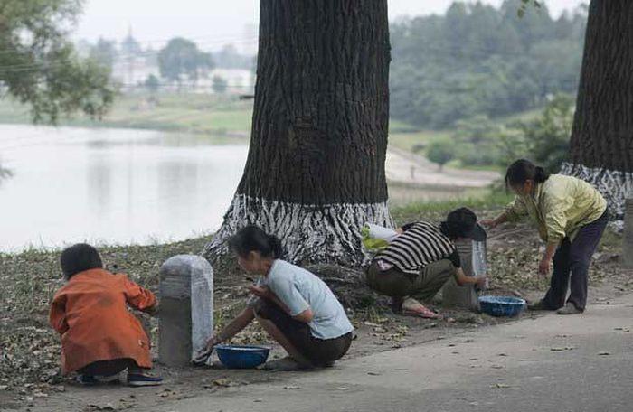 Запрещенные снимки из Северной Кореи (35 фото)