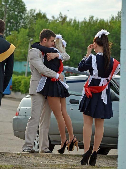 популярные фото школьниц