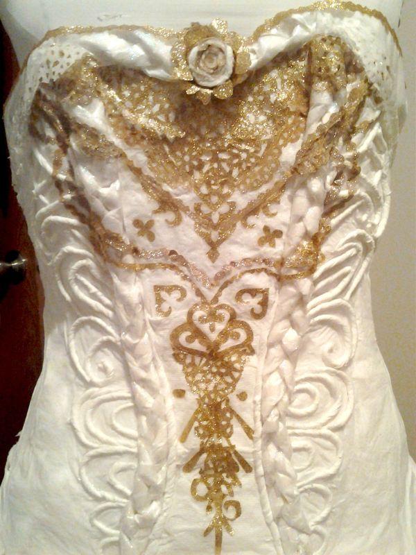 Как и из чего было сделано это платье? (6 фото)