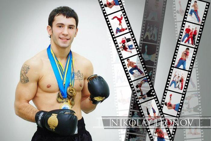Во время обстрела Донецкого аэропорта погиб чемпион мира по кикбоксингу (4 фото)
