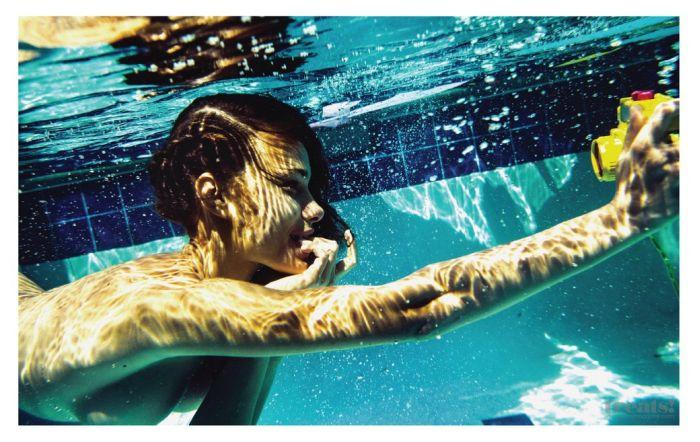 Яра Хмидан в эротической фотосессии для журнала Treats (10 фото)