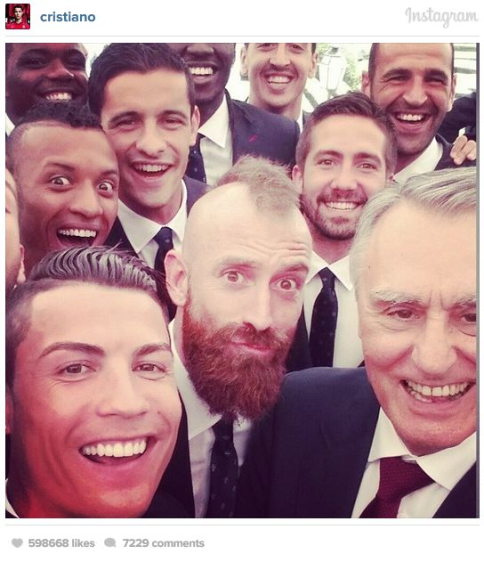 Известные футболисты накануне Чемпионата мира по футболу 2014 (17 фото)