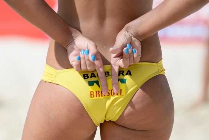 Жесты в пляжном волейболе (11 фото)