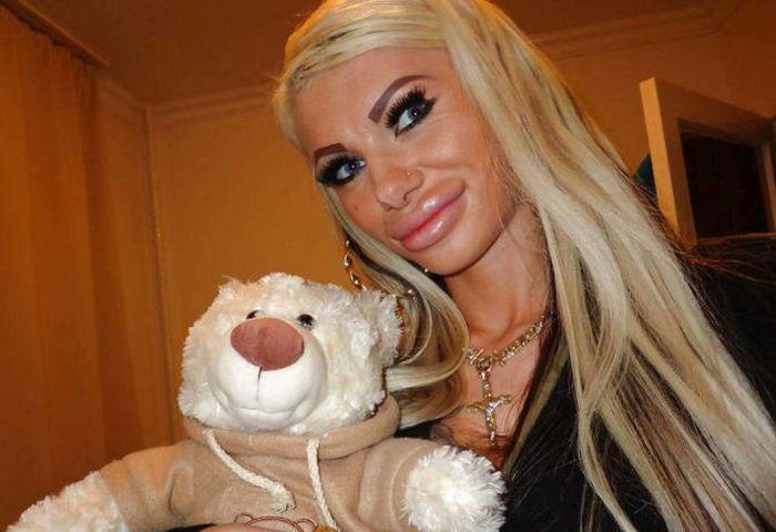 Гламурная блондинка из социальной сети (25 фото)