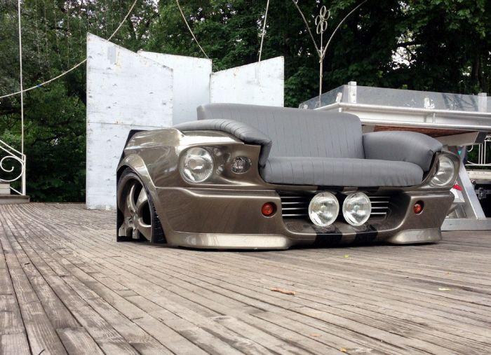 Диван, изготовленный по матрице заряженного Ford Mustang Fastback (24 фото)