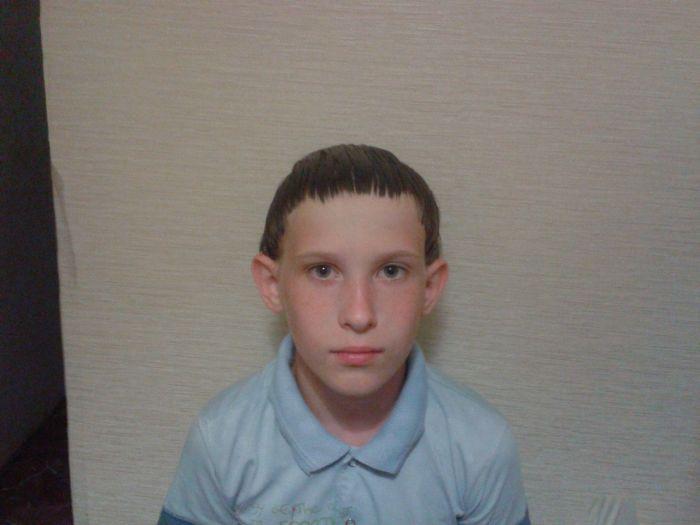 Неудачный поход в парикмахерскую (4 фото)