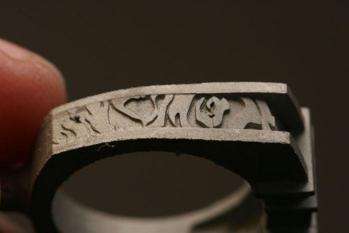 Девушка изготовила обручальные кольца своими руками (28 фото)