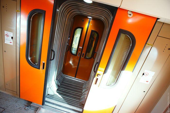 Как все устроено: двухэтажный поезд Москва–Адлер (32 фото)
