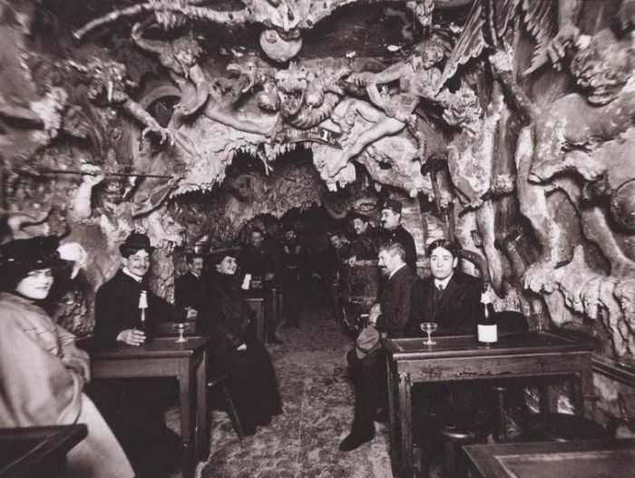 """""""Адское кабаре"""" в Париже 1890-х годов (16 фото)"""