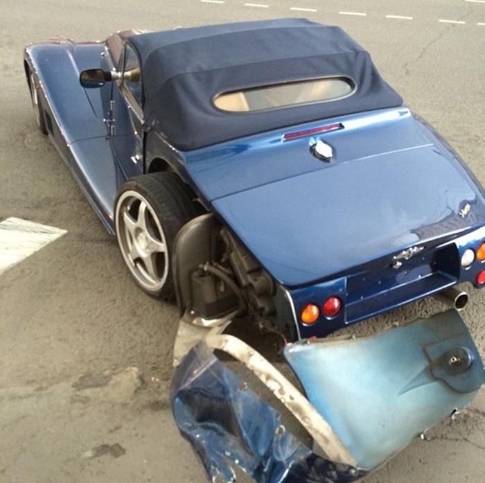 Гоша Куценко разбил эксклюзивный спорткар в Москве (2 фото)