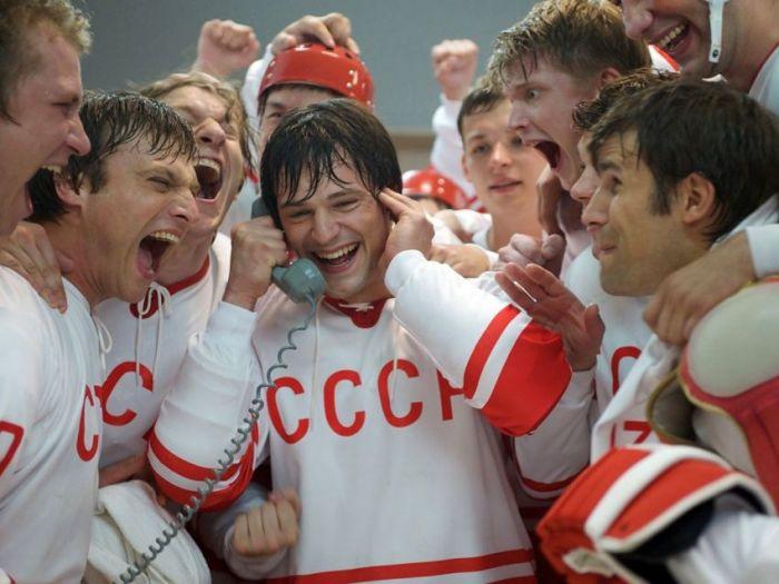 Лучшие кинофильмы 21 века, снятые в России (17 фото)