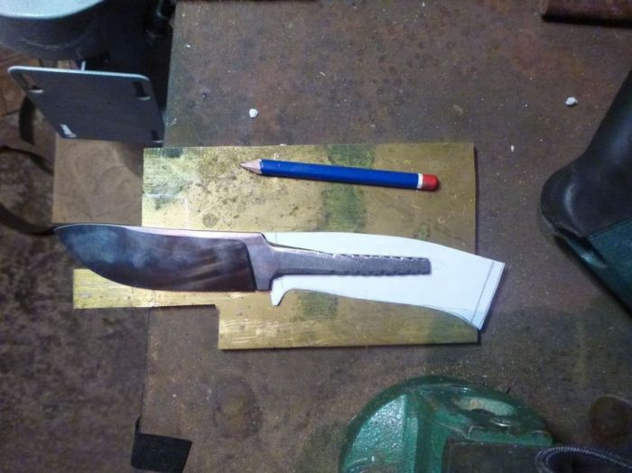 Как сделать нож для начинающих 228