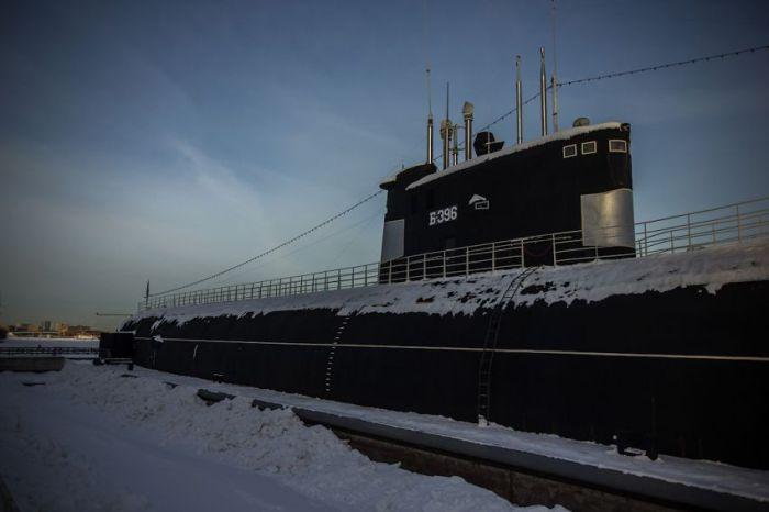 """Российская подводная лодка """"Новосибирский комсомолец"""" (48 фото)"""