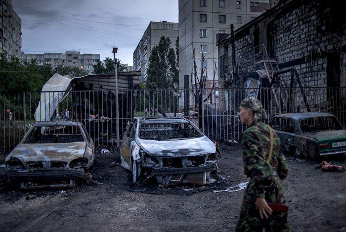 Боевые действия в Донецкой и Луганской области (24 фото)