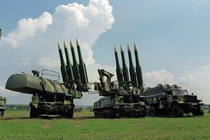 """Как устроен зенитный ракетный комплекс """"БУК"""" (26 фото)"""
