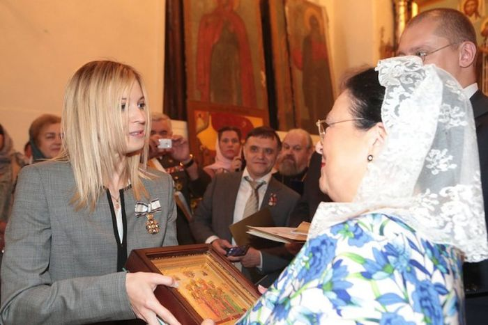 Наталья Поклонская была награждена Императорским Орденом Святой Анастасии (3 фото)