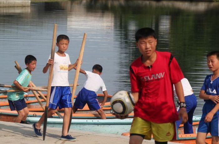 Детский оздоровительный лагерь в КНДР (49 фото)