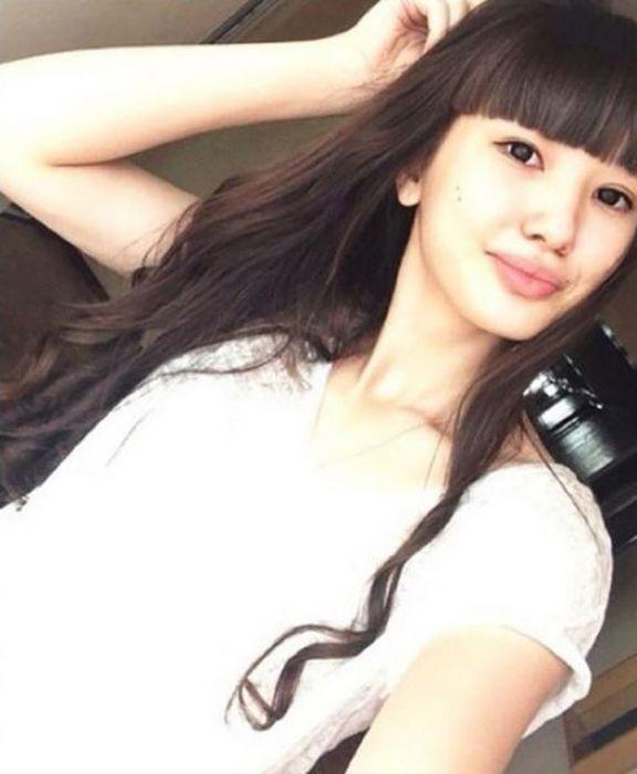 Привлекательная красотка из Казахстана (15 фото)