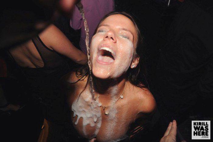 Девушки и шампанское (35 фото)