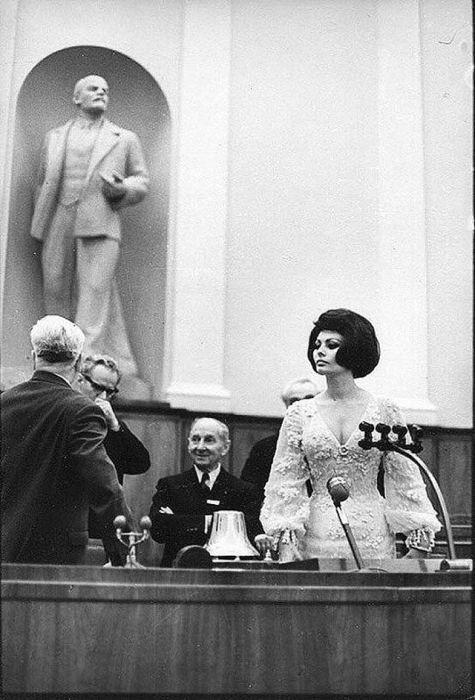 Архивные снимки знаменитых людей (25 фото)