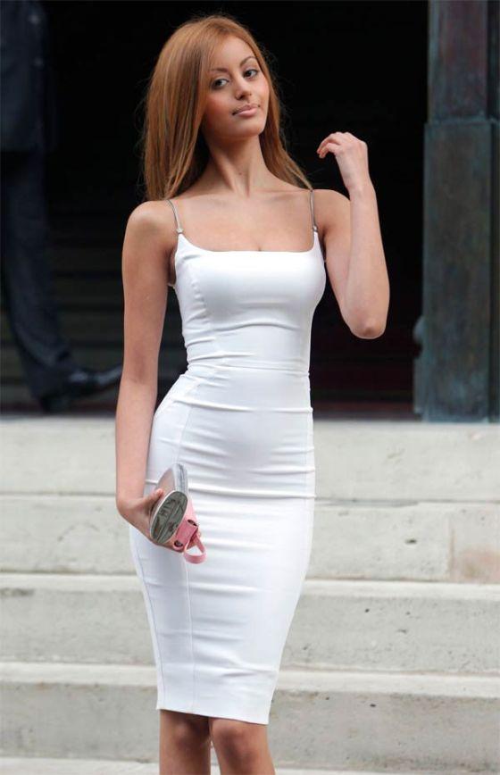 Сексуальное платье и его функциональность (4 фото)