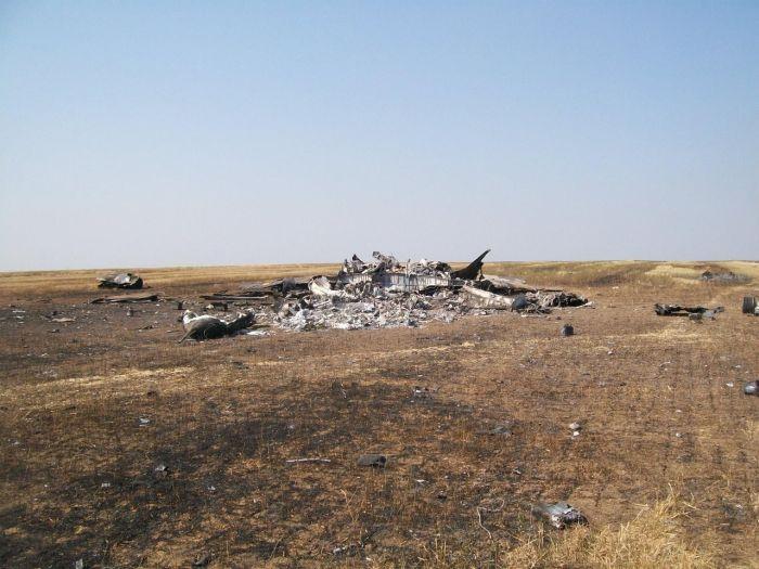 Фото и видео с места падения сбитого МИГ-29 ВВС Украины (10 фото)