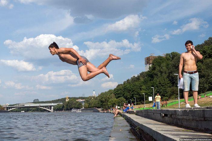 Где можно искупаться в Москве летом (10 фото)