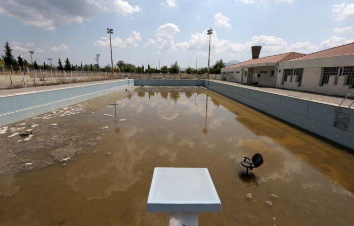 Никому не нужные олимпийские объекты (19 фото)