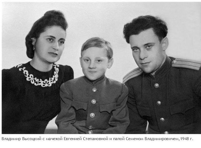 Архивные снимки исторических событий и знаменитых людей (25 фото)