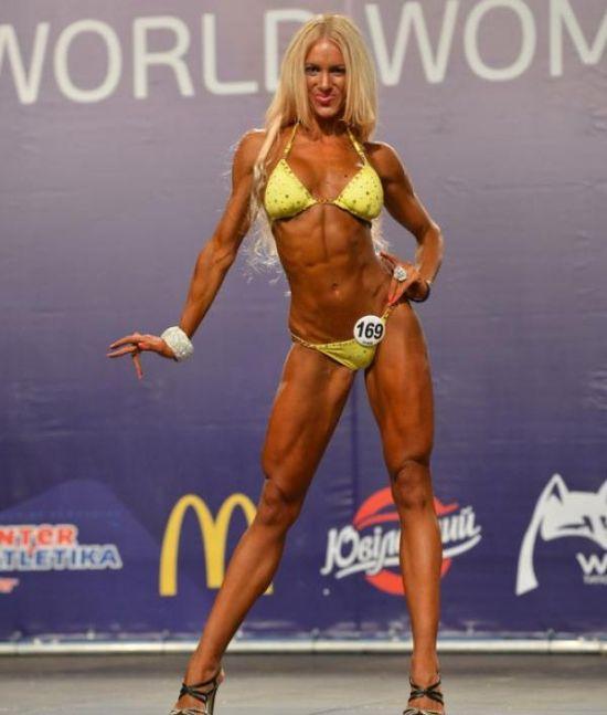 Необычная победительница конкурса бикини (17 фото)