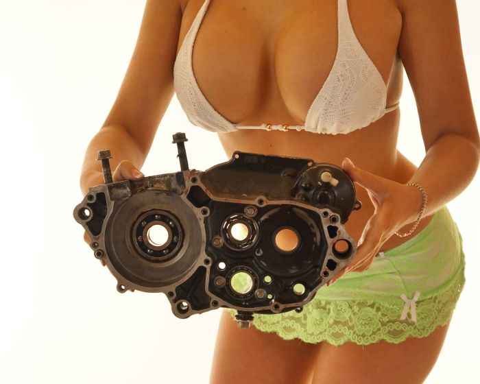 Необычное объявление о продаже запчастей для мотоцикла (40 фото)