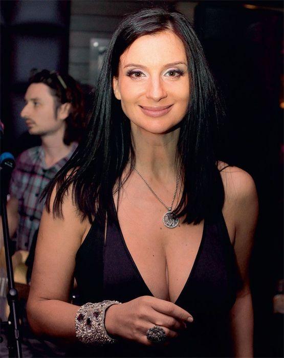 Телеведущая стриженова засветы видео порно украинских девок