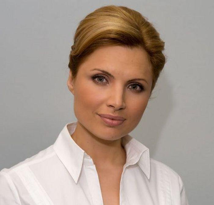 Самые привлекательные телеведущие российского телевидения (60 фото)