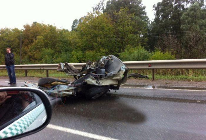 Жуткая авария с грузовиком на трассе в Татарстане (5 фото + видео)