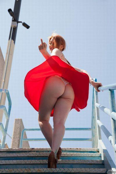 порно фото под платьем