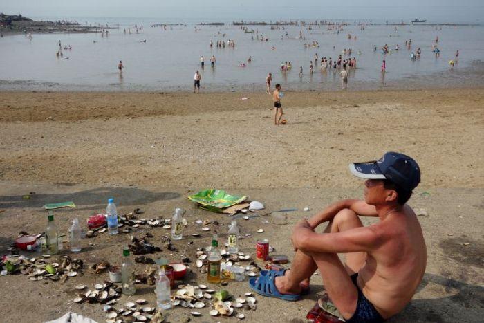 Пляжи Северной Кореи (19 фото)