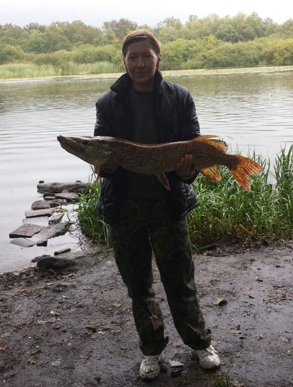 Съездили с женой на рыбалку