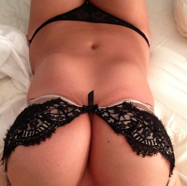 Частные фото голой Кейт Аптон с ее взломанного аккаунта (34 фото)