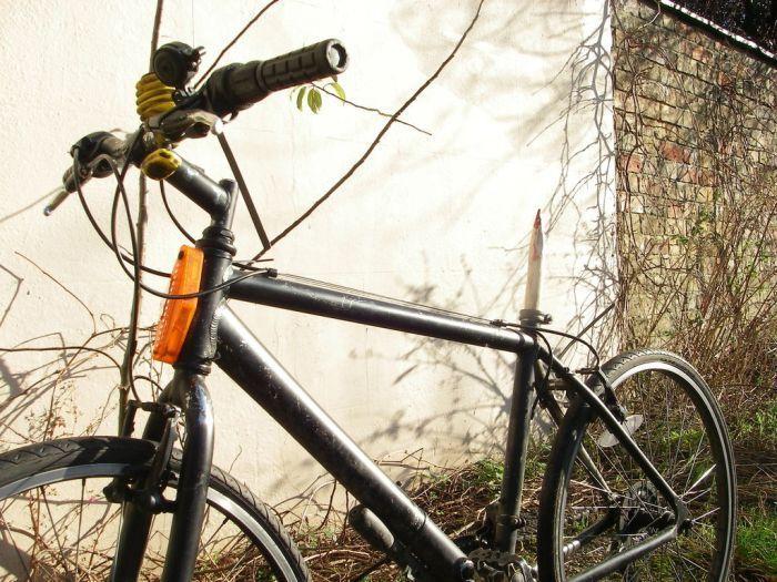 Самодельная противоугонная система для велосипеда (2 фото)