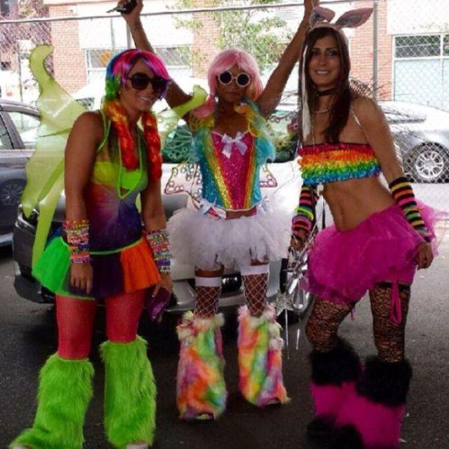 Девушки с музыкального фестиваля (35 фото)