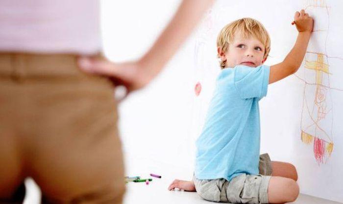 Гуманное наказание для ребенка (2 фото)