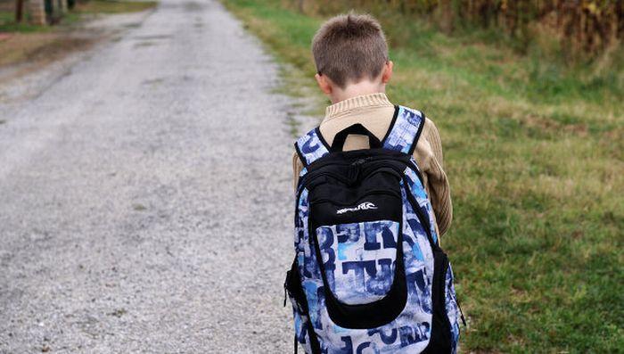 Когда разговор с ребенком о школе не заладился (4 фото)