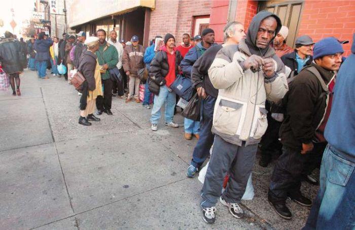 Основные факторы бедности и нищеты (7 фото)