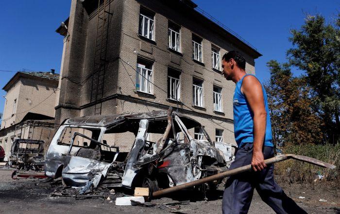 Иловайск после военных действий (25 фото)