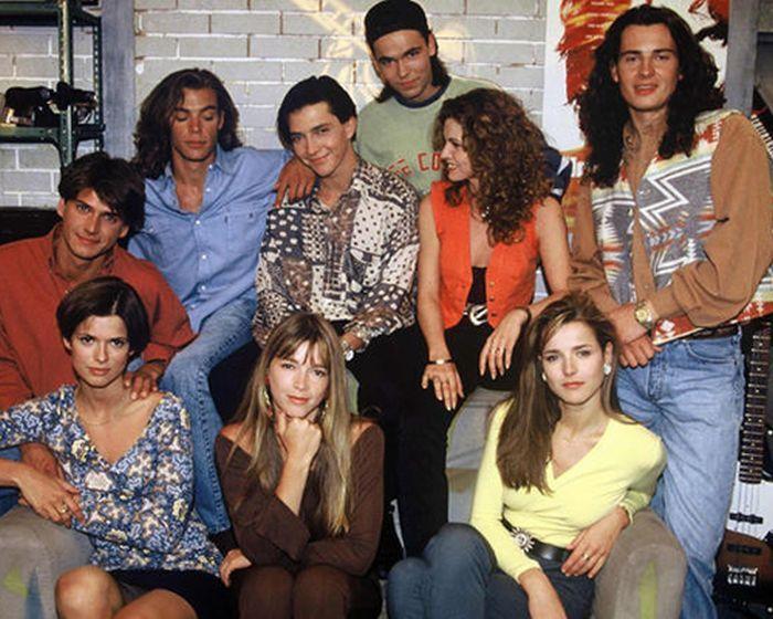 Лучшие телесериалы нашей молодости (18 фото)
